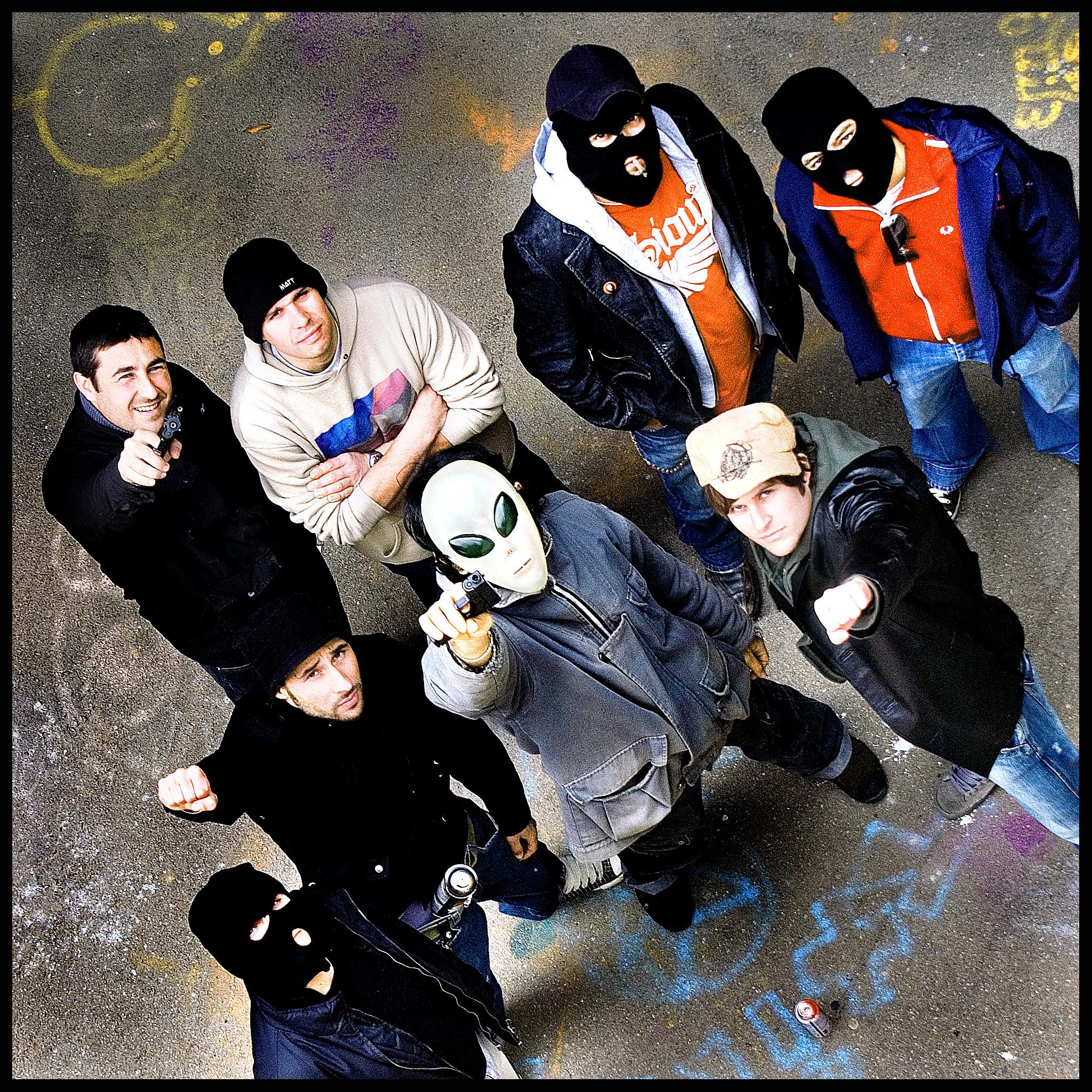 raperos crew ganster rap rap real rap duro raperos con pistolas