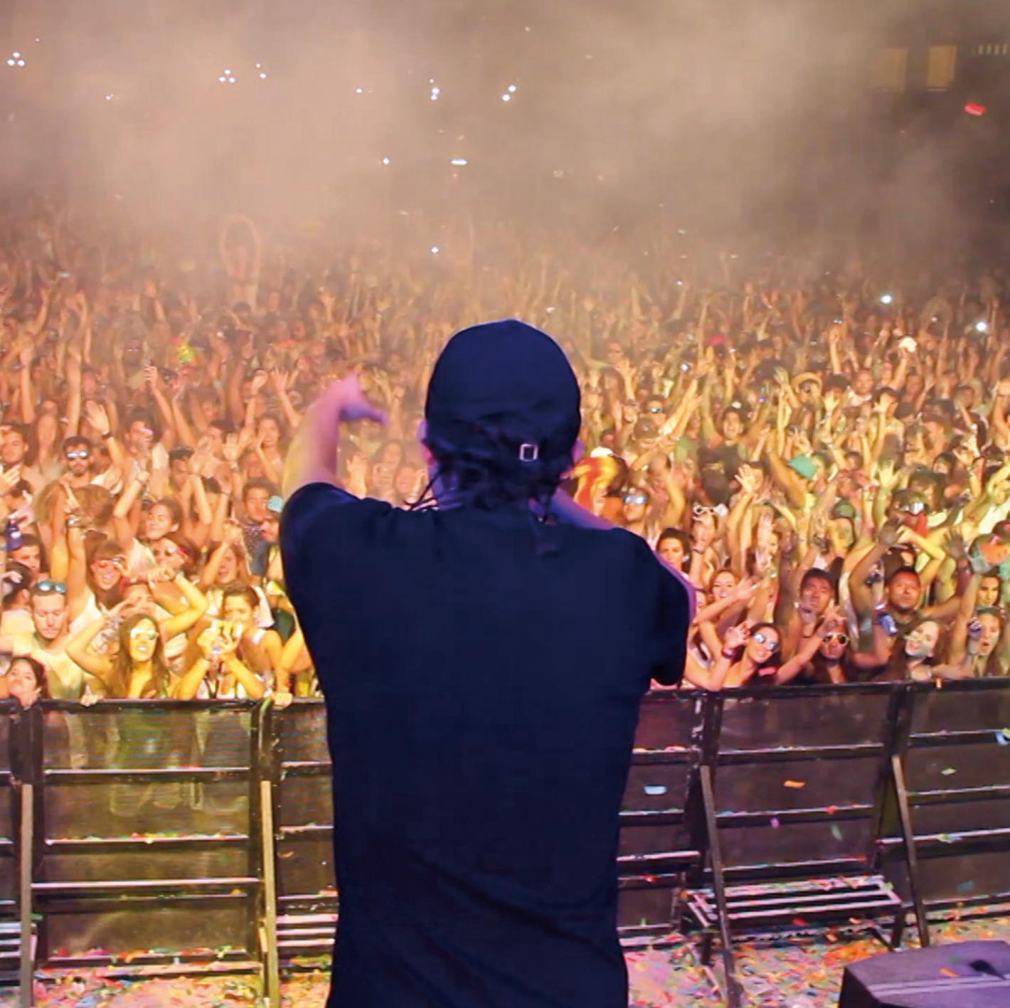 conciertos con mucha gente festivales de rap